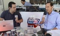 Imagem sobre a matéria: Foto: Paulo Skaf fala sobre a diversidade de São Paulo no estúdio da Rádio Band News