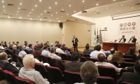 Imagem sobre a matéria: Foto: Skaf participa de debate na Fenabrave